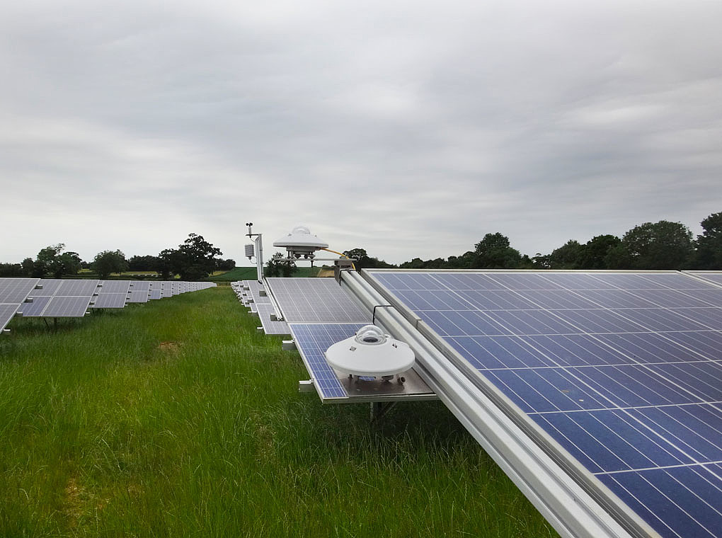 The picture shows the pyranometers in the solarpark Actrees